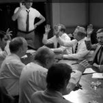 '12 Angry Men' parody by Amy Schumer.