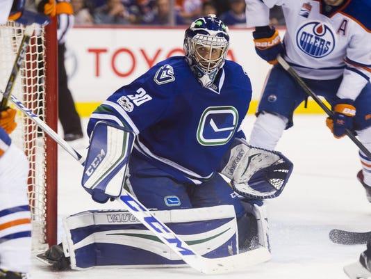 "Edmonton Oilers v Vancouver Canucks""t"