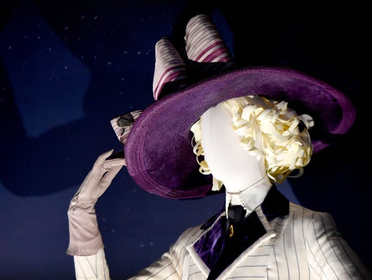 A mannequin models the hat Kate Winslet wears as she