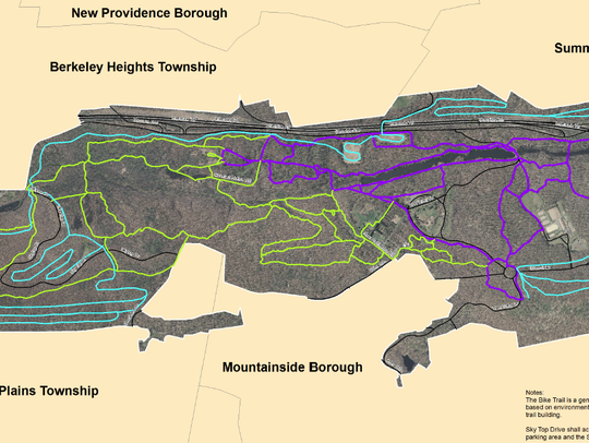 The blue route on this map of the Watchung Reservation