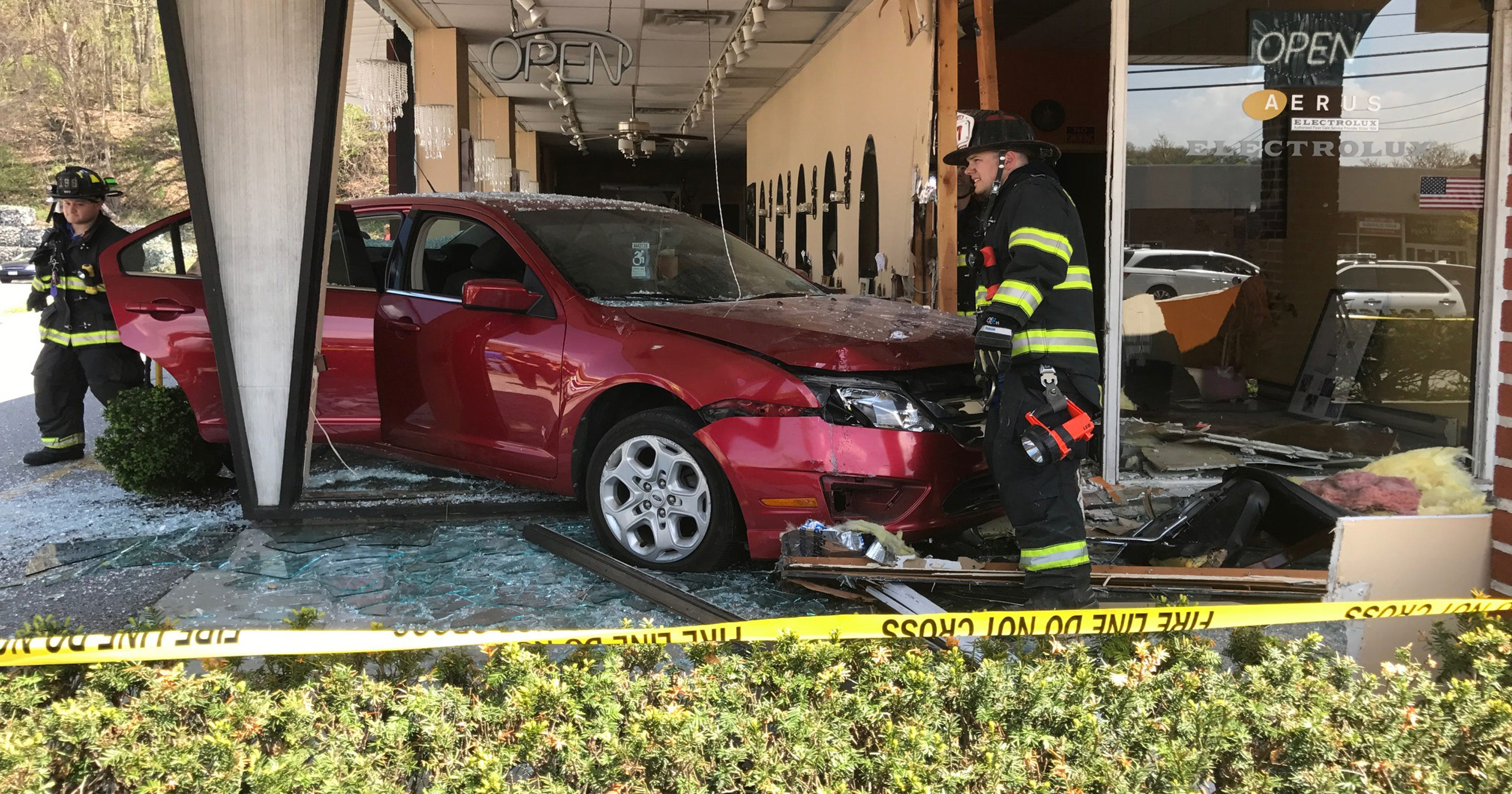 Why do drivers crash into buildings? Statistics and reasons why