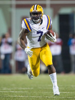 LSU Tigers running back Leonard Fournette (7) could be an option for the Bengals in the first round.