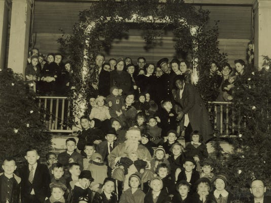 Sayles-Village-Xmas-party-detail.jpg