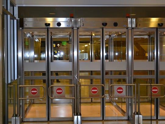 Sea-Tac automated exit lanes