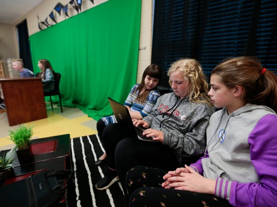 Cara Easley (left), 10, Creighton Kubik (center), 9,