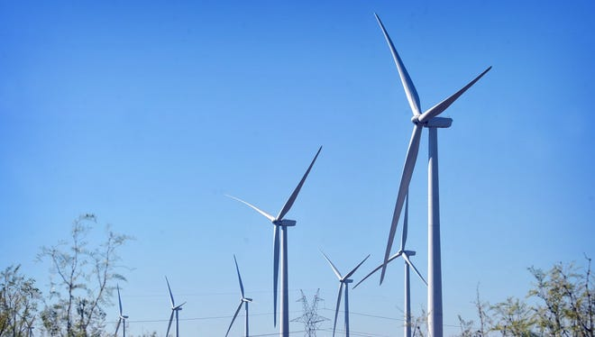 Wind turbine plans in Foard County are making progress.