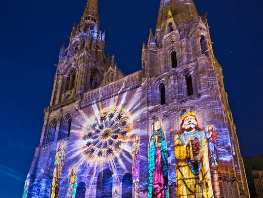 636350599711545319-france-chartres-cathedral-light-show-051817-az.jpg
