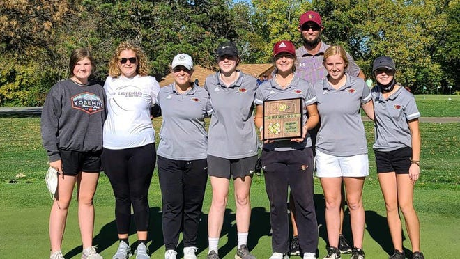Fresh off winning its third straight regional championship, the Silver Lake girls golf team has its sights set on winning the Class 3-2-1A state title at Cheney this week. The Eagles were third at state last year and return four of five golfers from that team.