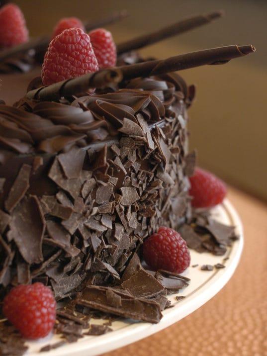 2 Chocolate Desserts_Cake