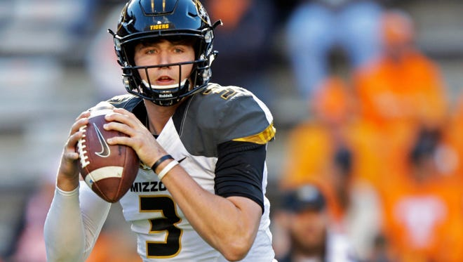 Missouri quarterback Drew Lock (3) warms up before an NCAA college football game against Tennessee, Saturday, Nov. 19, 2016, in Knoxville, Tennessee.