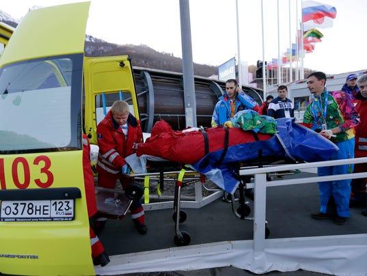 2014-0213-bobsled-worker-injured