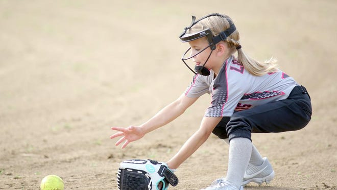 Glasgow River Rats second baseman Paisley Locke fields a ground ball against State Farm-Fayette in Boonville Babe Ruth 8Usoftball Thursday night at Lions park.