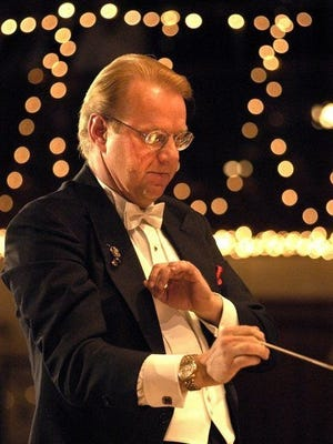 Maestro Dirk Hillyer and The Hillyer Festival Orchestra will be a specially featured part of the Rotary Club of Marblehead Harbor's Holiday Pops Reimagined 2020.