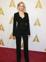 Jennifer Lawrence strikes an Oscar nominee pose.