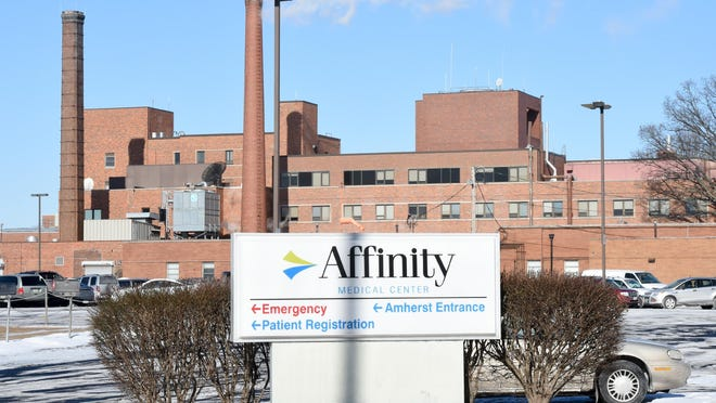 The former Affinity Medical Center on Eighth Street NE and an adjacent employee parking lot could be auctioned off by the city of Massillon as early as this fall.