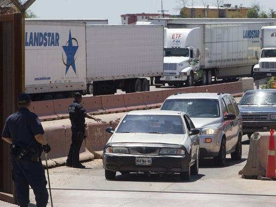 Agregando más personal para mejorar el proceso, los cruces fronterizos en Arizona podrían fluir más rápido.