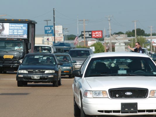 Flowood police officer directs traffic
