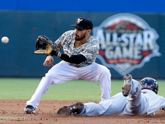 Chihuahuas second baseman Carlso Asuaje looks the ball