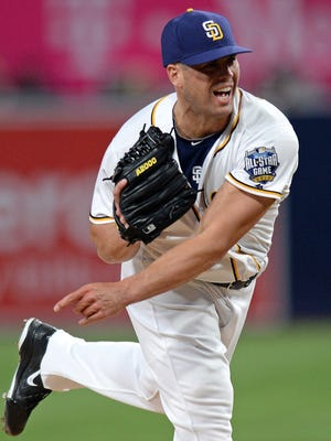 San Diego Padres pitcher Clayton Richard (27) pitches during the first inning against the Colorado Rockies at Petco Park on Seot. 8, 2016.
