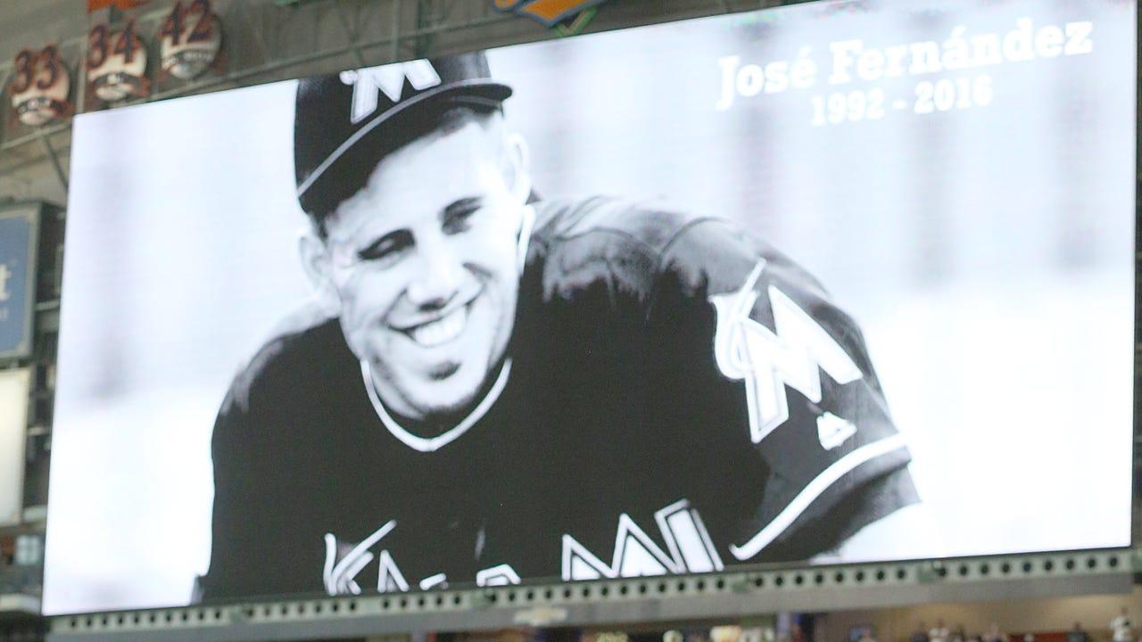 Sports world mourns Jose Fernandez