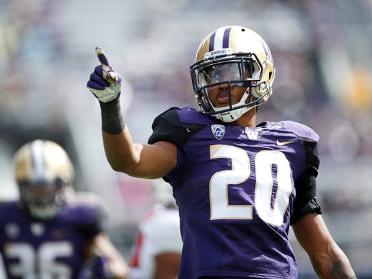 Washington Huskies defensive back Kevin King points