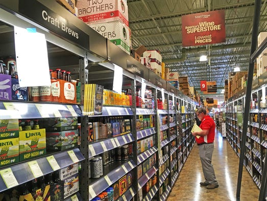 State 39 s first total wine more gets set for nov 10 grand for Craft stores in milwaukee
