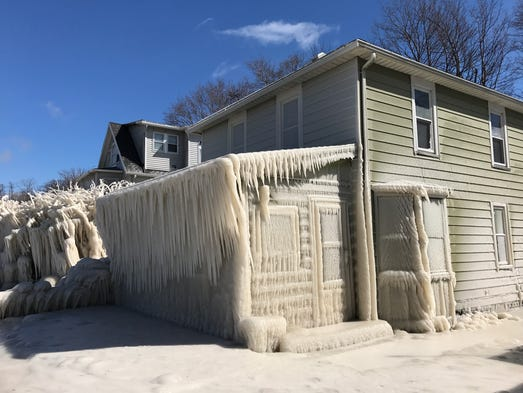 These Ice Covered Homes In Upstate New York Are Insane