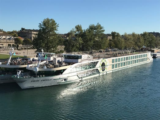 Tauck Emerald A River Cruise Ship That Sails The Rhone - Emerald river cruise ship
