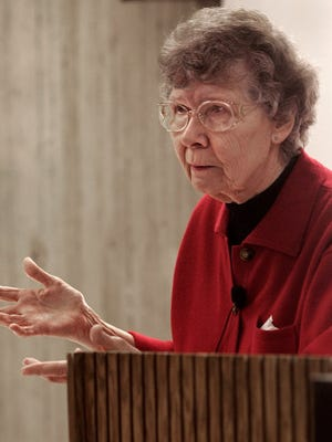 "Dorothy Schwieder teaches an ISU College for Seniors class called ""Iowa Roots: More About the Germans"" in 2005. Schwieder, a veteran ISU professor, has written several books about Iowa history."