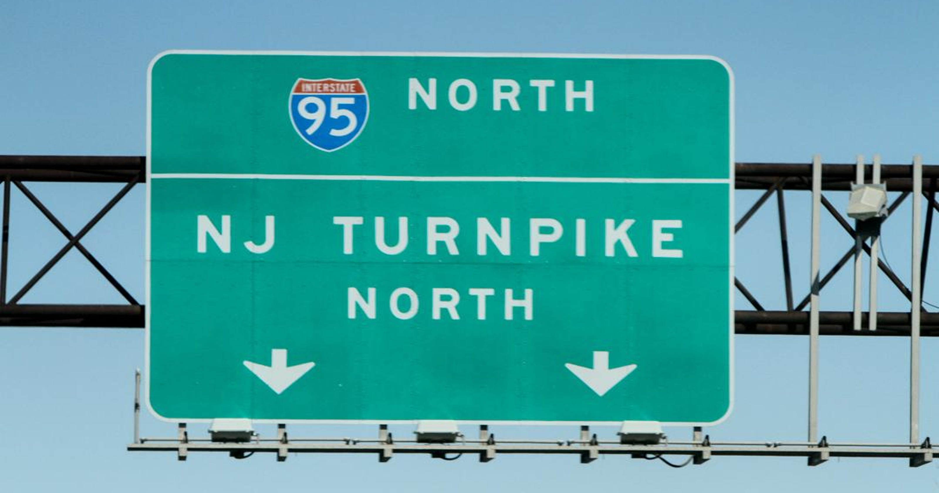 New Jersey drivers shock out-of-towner in viral video