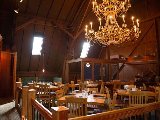 Tavern at Clover interior