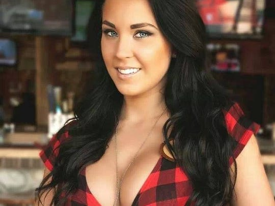 Twin Peaks' servers are called the Twin Peaks Girls and most often they dress in skimpy lumberjack outfits.
