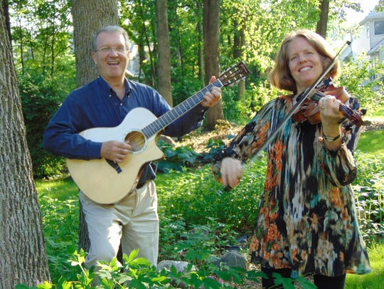 Gerry Grider, Cristina Seaborn and two other musicians