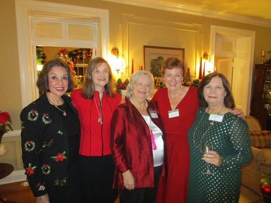 Carolyn French Mary Neiheisel, Vaughn Baker- Simpson, LouAnne Greenwald and Lynne Durel