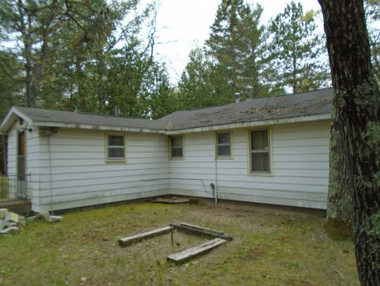 7070 Loud Drive in Oscoda has a minimum bid of $4,800