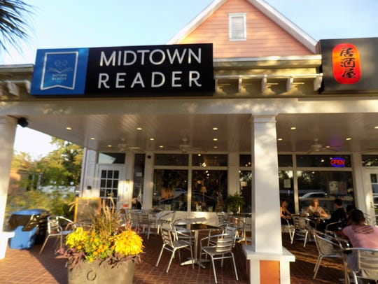 A burst pipe early Sunday left Midtown Reader bookstore with hundreds of books damaged.