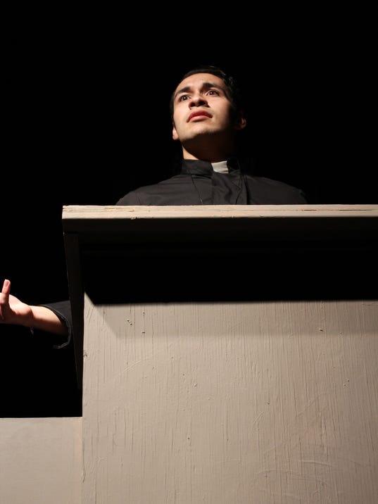 636584482435767112-doubt-priest.jpg