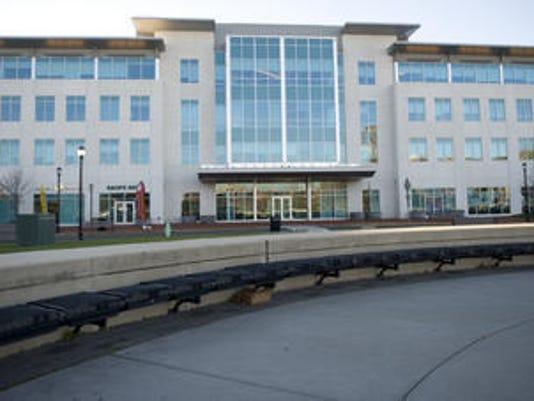 636462660439610071-ferry-terminal-office-building.jpg
