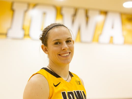 635646381538770294-IOW-1031-WBB-media-day-14