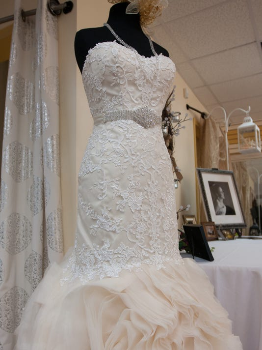 Taris Savell Bridal Store Walks The Aisle To Pensacola