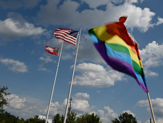 635709425318860658-AP-US-Supreme-Court-Gay-Marr