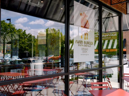 Kids ages 9 and younger eat free on Wednesdays at FarmBurger.