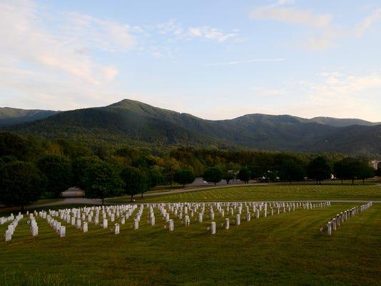 VeteransCemetery-005.JPG