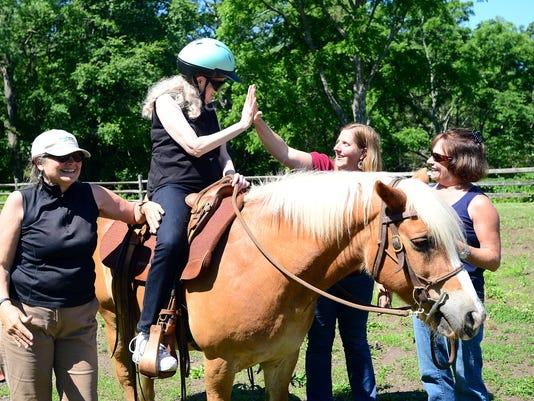 MountainCauses-horsetherapy-003.JPG