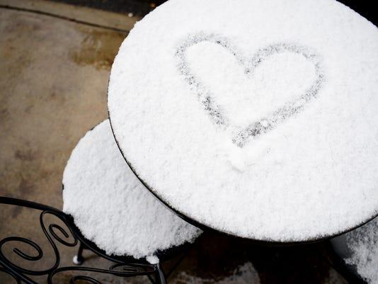 636193279494564814-Snow-Friday-009.JPG