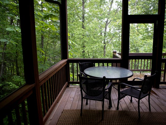 Participants live in cottages tucked in the woods around Lake Toxaway.