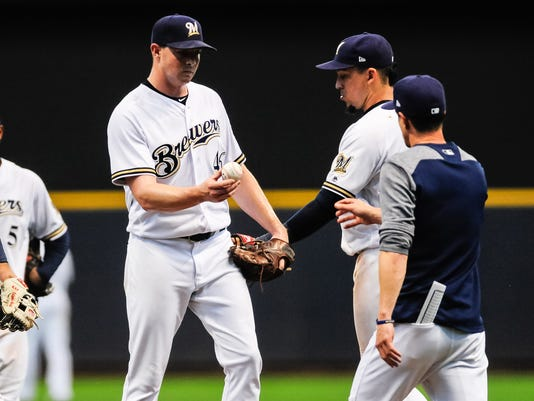 MLB: San Diego Padres at Milwaukee Brewers