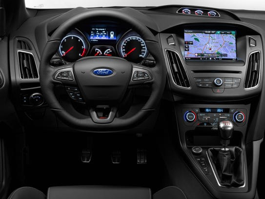The Focus ST offers the available new SYNC 3 operating