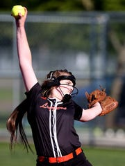 Scio's Kelsey Pollard (8) pitches in the Blanchet vs. Scio softball quarterfinal game at Scio High School on Friday, May 26, 2017. Scio won the game 8-1.