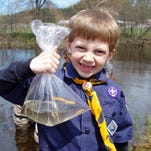 School, Dept. of Natural Resources bring elementary students to the classroom at the river